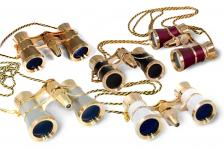 Image of Levenhuk Broadway 325F Opera Glasses Сребрист, with LED light and chain
